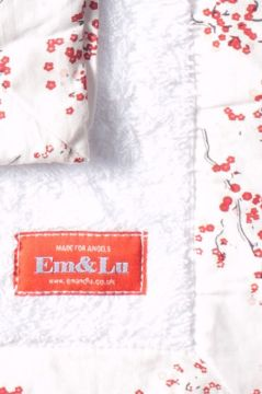 Red Blossom Towel Collection